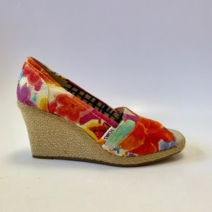 Floral espadrille peep toe wedges new and unworn